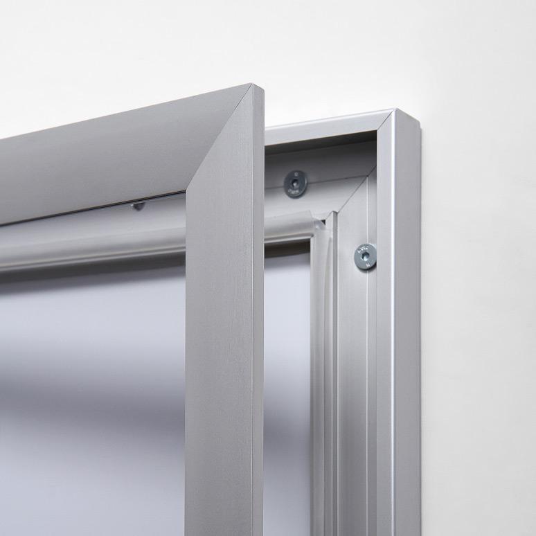 External Economy Outdoor Drywipe Lockable Notice Board 741mm x 388mm 3 x A4